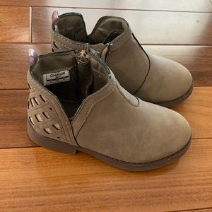 Oshkosh toddler girl suede boots size 9